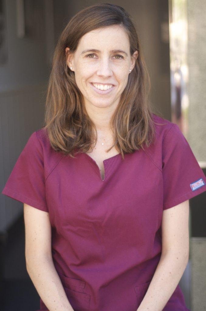 Dra. Jennifer Navarro Visser - Dentista - Qboca