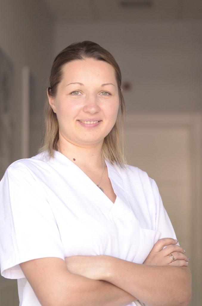 Iryna D. Equipo de auxiliares clinica Qboca